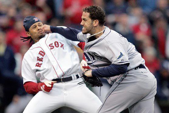 #Baseball #Fight. + 1 #sport... gotta love it!