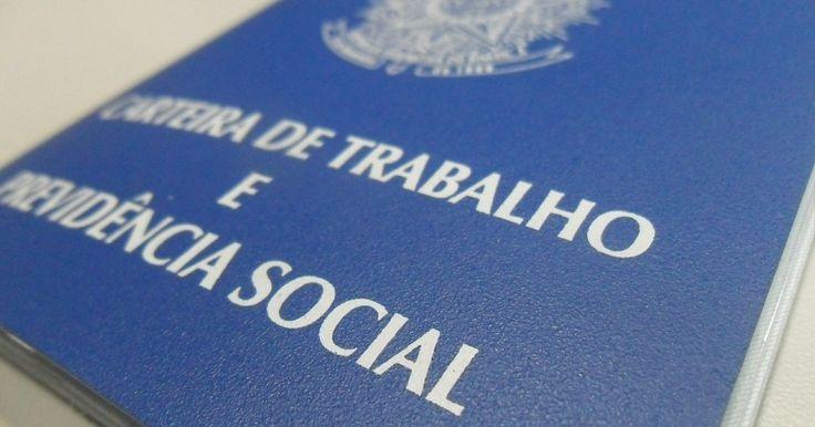 PAT de Cubatão, SP, oferece centenas de vagas de emprego