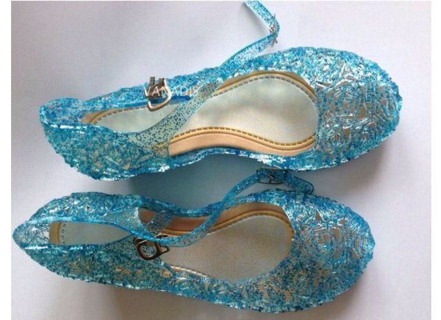 Gorgeous Frozen shoes  Check them out on my page  www.facebook.com/littletoddlersoles