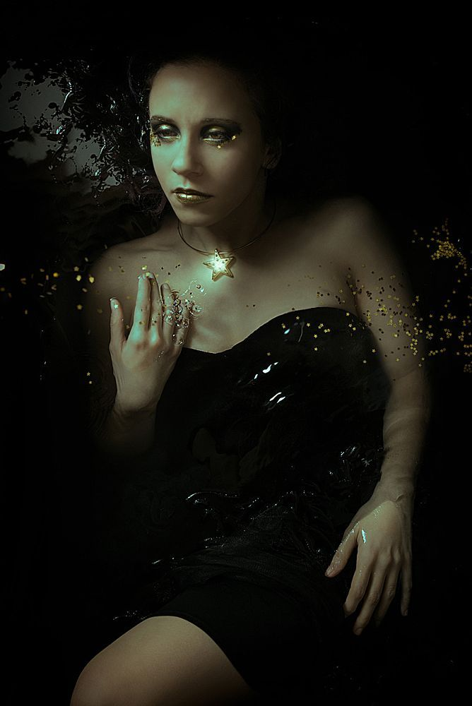 Emerging (Black Star series) by federica nardese #photography model: Isabella Memmo MUA: Chiara Mastrolia FB: https://www.facebook.com/VisualStoryPhotography