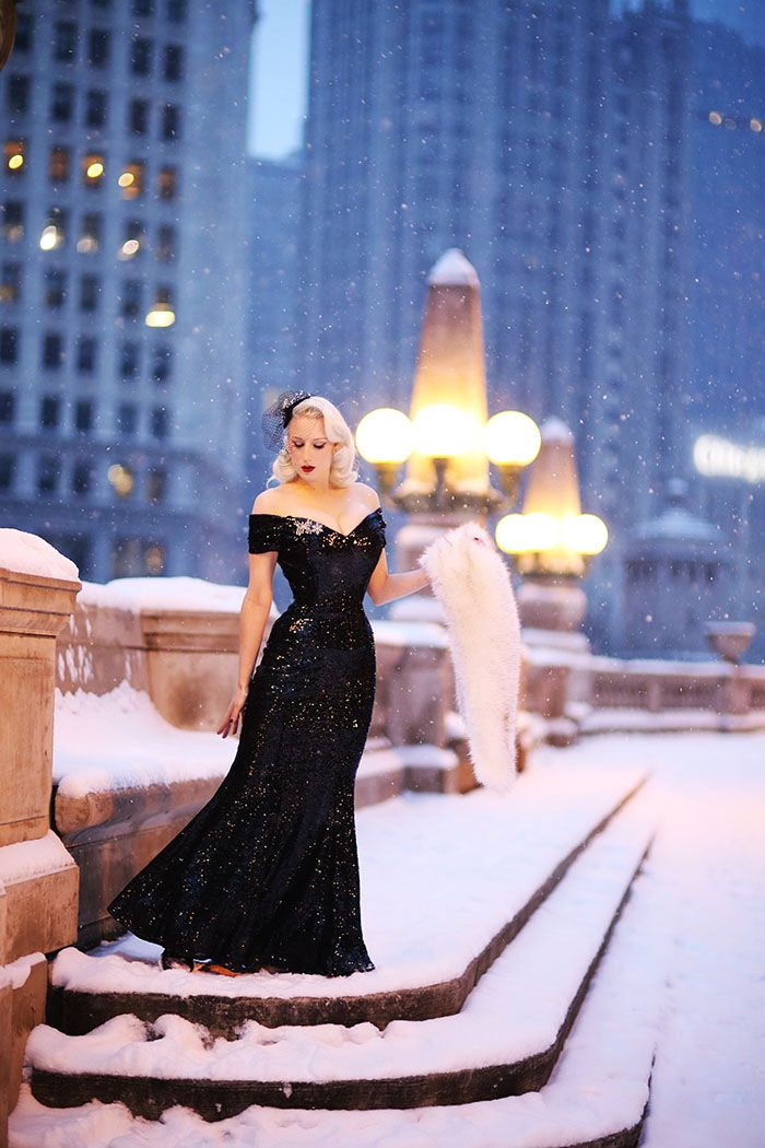 Chicago Chic ♥: Sequins in Snow || The Pretty Dress Company Giveaway!