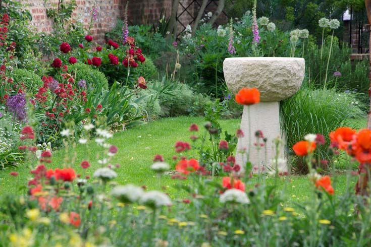 Cleve West, Landscape Design, Garden Designer, Award Winning, stone, birdbath