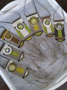 Colgantes en tonos verdes terminados