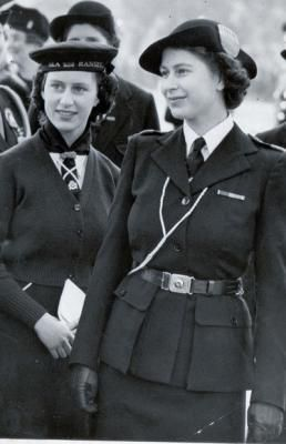 The queen as a girl guide