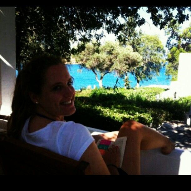 #Relaxing time for @zoelilys at #MinosBeach !