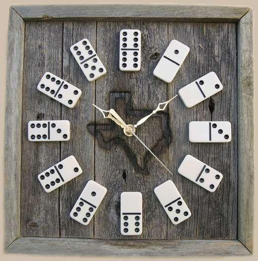 Hello tout le monde! L'horloge est parfois un élément un peu laissé à l'abandon dans une maison. On achète une pendule basique et voilà c'est fait! Quel dommage! Car avec...