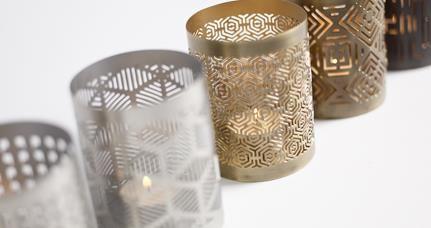 Accesorios para decoración moderna del hogar - candelabros de BoConcept