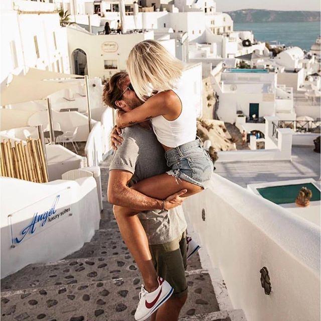 ❤️Love is about kissing you in the most beautiful place in the world. @nalasu @jeffczlRelationship Goals Couple Goals Parent Goals love romantic #Regram via @nalasu @jeffczl