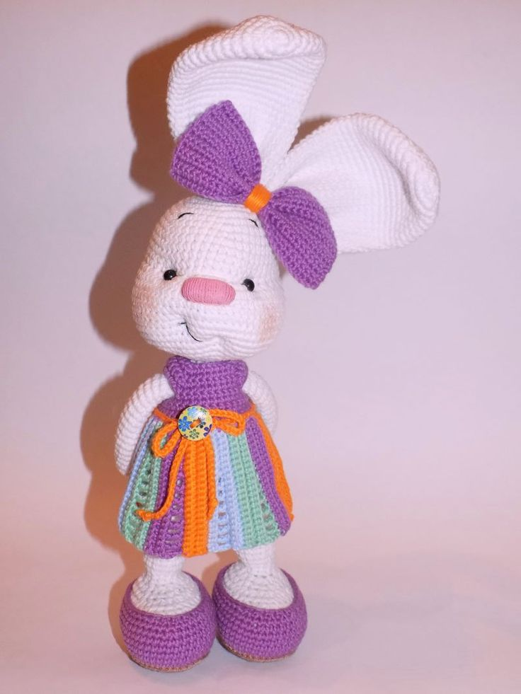 Pretty bunny amigurumi in dress - crochet pattern