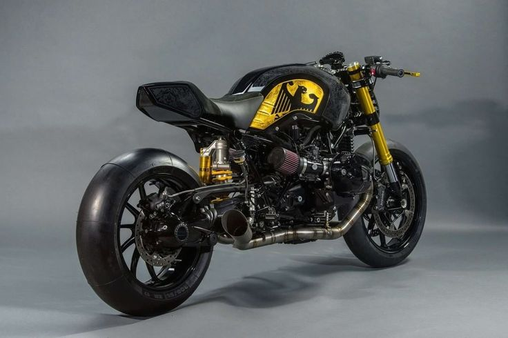 BMW R nineT Cafe Racer by ACP-customs #motorcycles #caferacer #motos | caferacerpasion.com