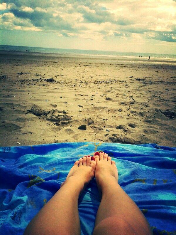 Enjoying the sun at the irish sea !