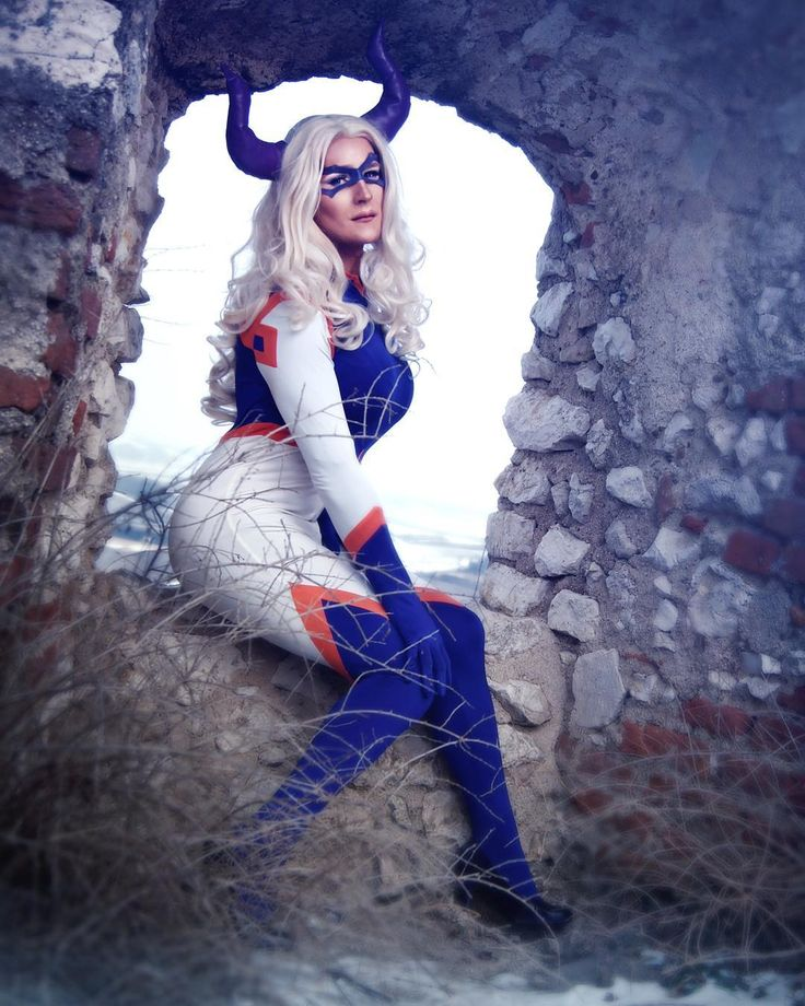 Today's my debut! Pleased to meet you all! You can call me Mt. Lady! . First pic of yesterdays #bokunoheroacademia shooting!  .  by @vestiibula / edit by me . #mtlady #mountainlady #mtladycosplay #bokunoherocosplay #myheroacademia #myheroacademiacosplay #yutakeyama #cosplay #cosplayphoto #cosplayphotography #cosplayshoot #cosplaymakeup #crossplay #crossplaymakeup #gay #dragmakeup #dragcosplay #photoshoot #myheroacademiamtlady