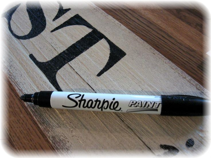 ~ signs that look old tutorial (I love Sharpies!)