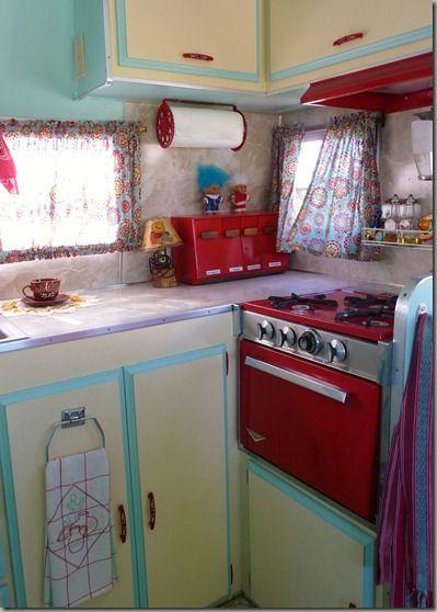 colorful trailer kitchen: Vintage Trailers Remodel, Vintage Caravan, Colors Schemes, Travel Trailers, Red Stove, Sotf 010, Retro Campers, Retro Kitchens, Vintage Campers