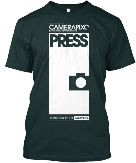 BLACK PRESS Camerapixo T-Shirt