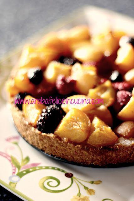 Arabafelice in cucina!: Crostata di mais con albicocche e frutti di bosco