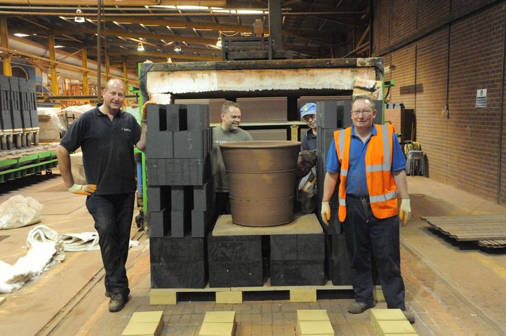 More monumental pots by Dr Julian Stair