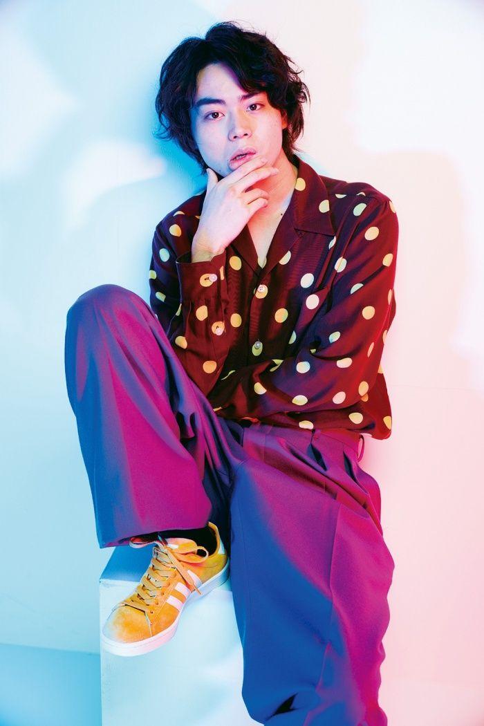 【菅田将暉/モデルプレス=9月23日】俳優の菅田将暉が、23日発売の雑誌「smart」11月号に登場する。
