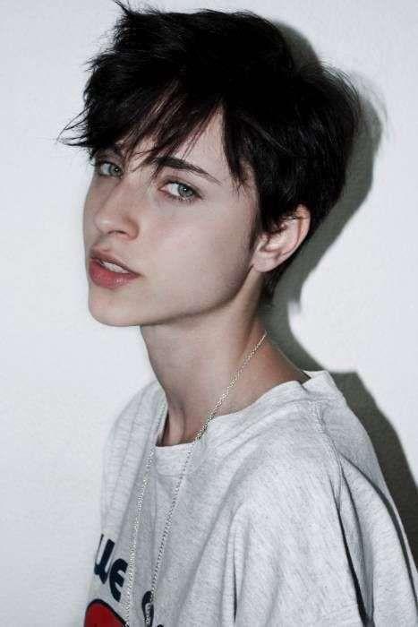 Cortes de pelo pixie 2016: El corto también es femenino - Corte pixie despeinado