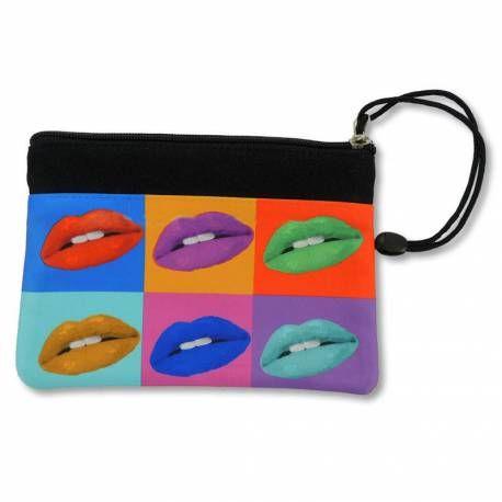 Estuche con cremallera personalizado a doble cara. Ideal para el cole o material de maquillaje.
