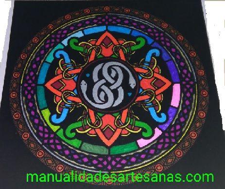 #Mandala del símbolo de la #mitología #celta wuivre pintado  #HOWTO #DIY #artesanía #manualidades #reciclaje