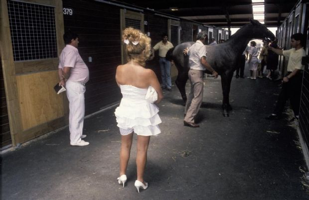 Buyers at the yearling sales, Karaka. ca 1988.