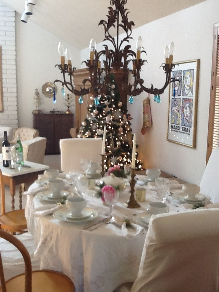 Crystals Are Often Used To Beautify Living Work Spaces Such As With Chandeliers Here Blue Energize And Modulate Energy At A Festive Dining Table