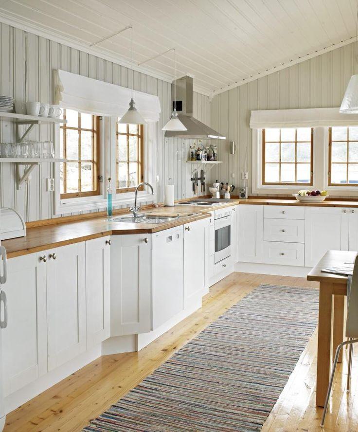 Hahka Happy Cottage Kitchen: Kitchen At This Summer Cottage