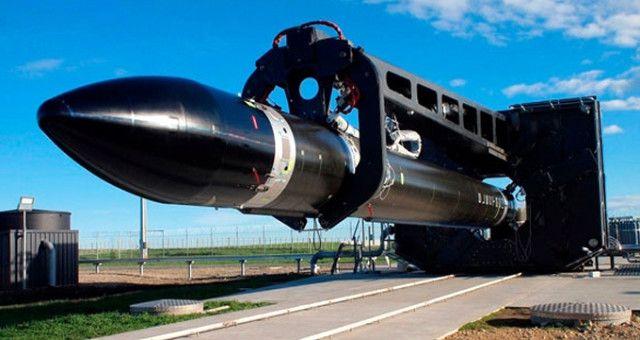 ABD ve Yeni Zelandalı bilim insanları roket tarihine büyük bir yenilik getirmek için çalışıyorlar!    Amerika Birleşik Devletleri ve Yeni Zelanda'lı bilim insanları tarafından kurulan roket markası olan Rocket Lab şirketinin, üç boyutlu yazıcıyla ürettiği roket,Yeni Zelanda'nın...   http://havari.co/3d-yaziciyla-roket-uretip-uzaya-firlattilar/