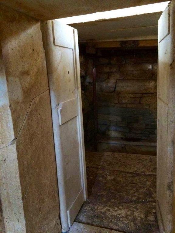 Μακεδονικός Θαλαμωτός τάφος Καλινδοίων - Kalindoion Tomb