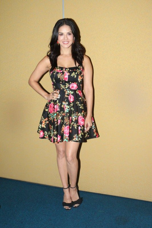 Sunny Leone promotes Splitsvilla reality show in Mumbai (13)