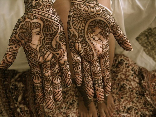 Close up of dulha dulhan by HennaLounge, via Flickr