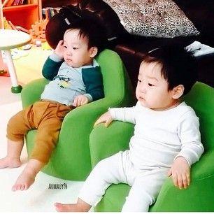 Seoeon and Seojun. Cute!!! Twins!! My baes!! ok too much. The return of superman