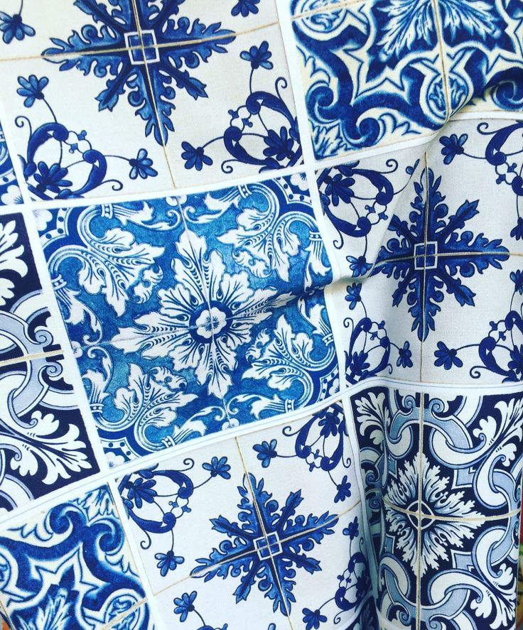 hand-crafting amazing wedding bonbonieres with this turkish tile like fabric