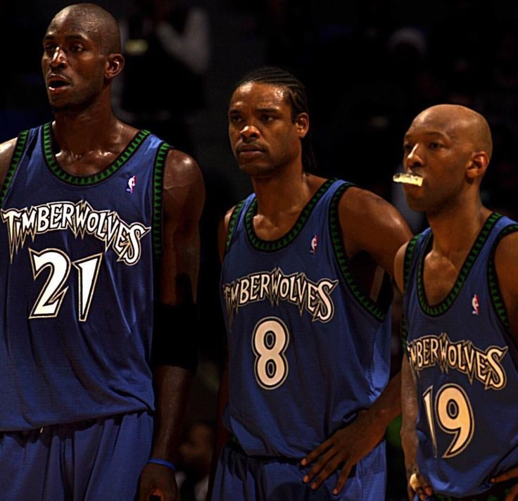 KG, Latrell Spreewell, and Sam Cassell for the T wolves   Nba legends,  Basketball legends, Football and basketball