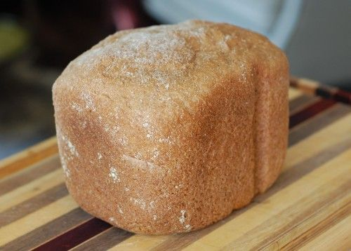 Honey Whole Wheat Sandwich Bread (for bread machine). Used 3c wwf, 1c white wwf and 1/2c oats instead of 4 1/2c wwf. Also added ground flaxseed.