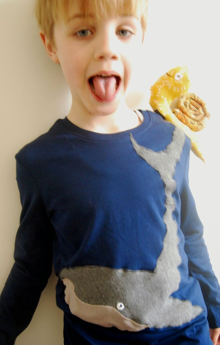 two mädels: World Book Day Snail and the Whale
