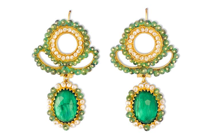 Gorgeous Gold filigree earrings with Jade, Emeralds and micro-pearls  , Unique jewelry made special by the master goldsmith Loredana Mandas who once again demonstrates through her quality craftsmanship and respect for Sardinian tradition, the excellence of filigree, the oldest jewelry art in the world. loredanamandas.com