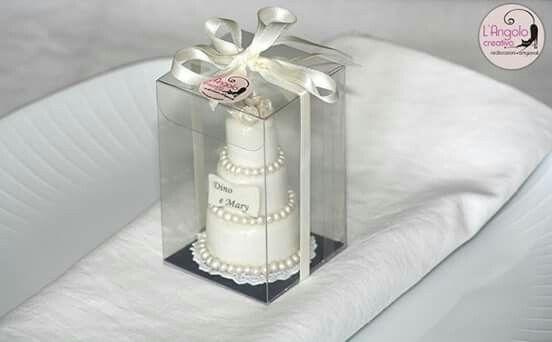 Bomboniera segnaposto mini wedding cake personalizzata. ..