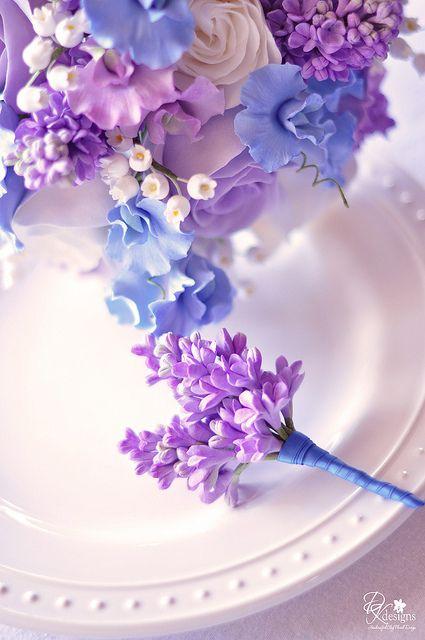 gumpaste flower ideas  andream-bout3 by dkdesigns, via Flickr