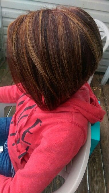 A lined bob with highlights