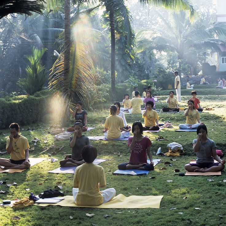 17 best ideas about Yoga In Rishikesh on Pinterest | Ashrams in ...