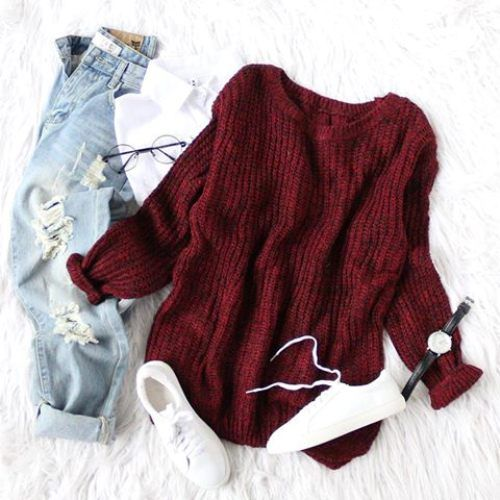 maroon-sweater-with-boyfriend-jeans- Flannel and sweaters cute preppy outfits http://www.justtrendygirls.com/flannel-and-sweaters-cute-preppy-outfits/
