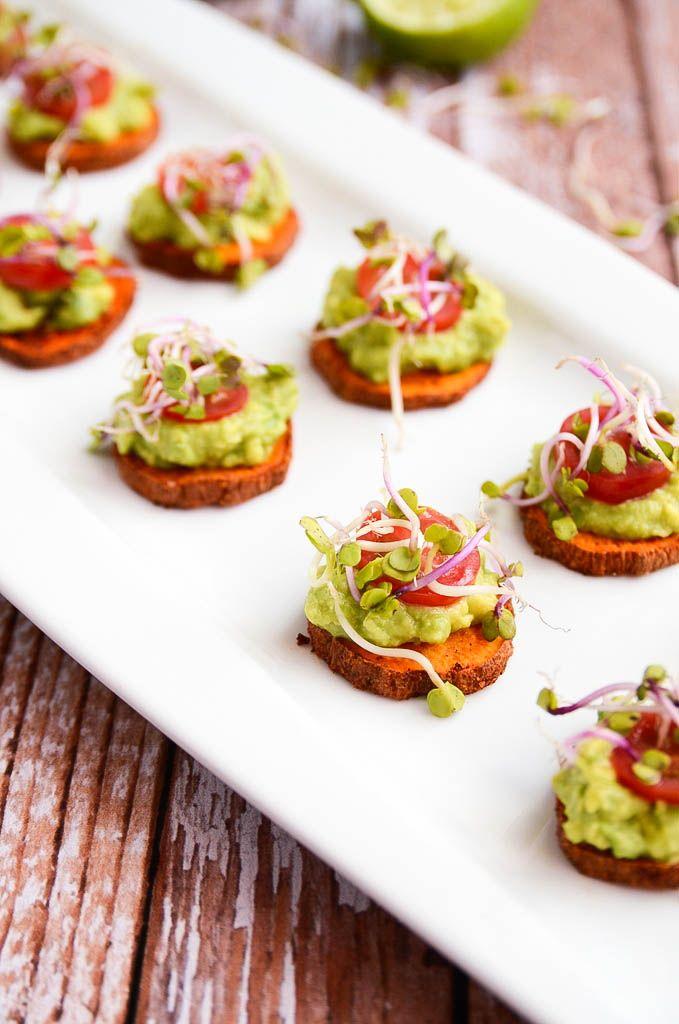 Vegane Süßkartoffel und Avocado Happen. Was für ein Augenschmaus für das Silvester Buffett