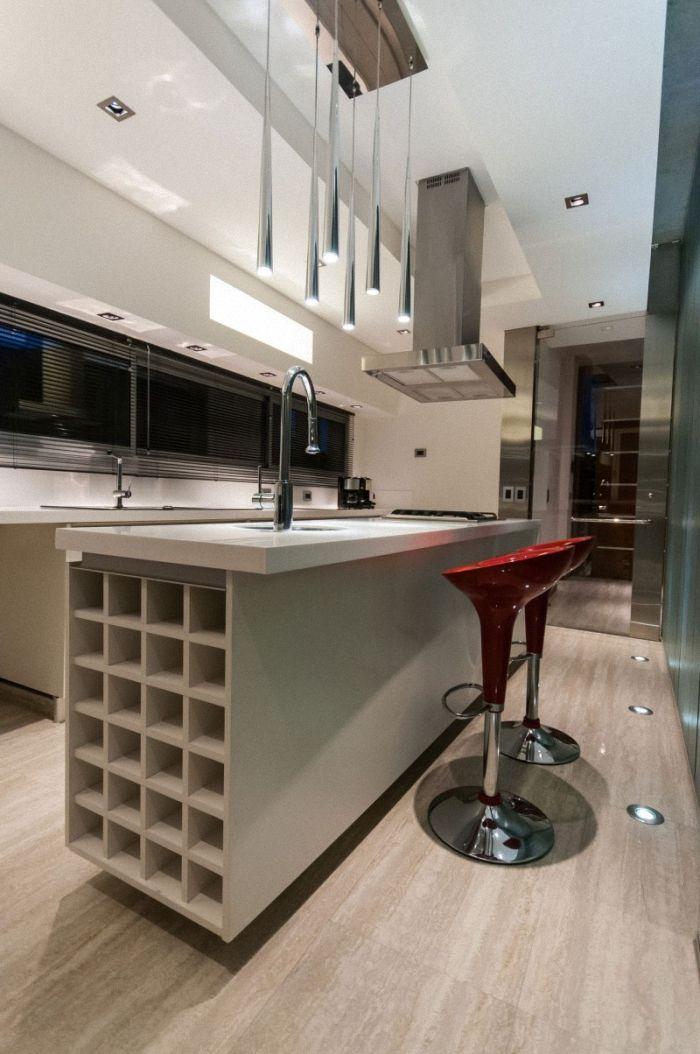 La Casa Wanka, fue diseñada por el Estudio Galera, se encuentra en Cariló, Buenos Aires, Argentina. Situada en una ciudad balneario, la cas...