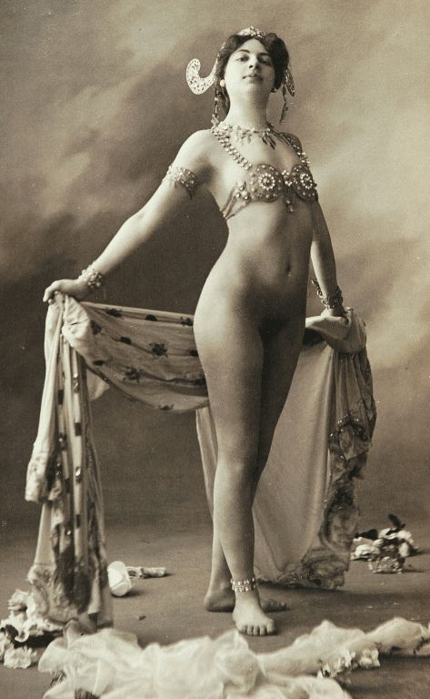 Mata Hari | by Don Hollway