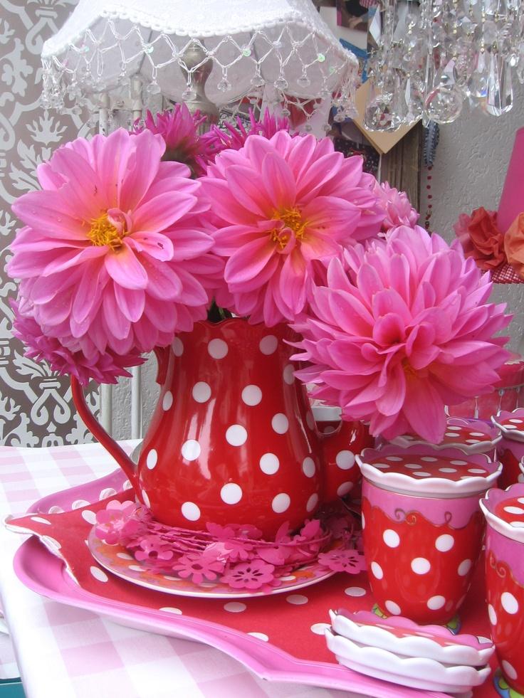 Dots en flowers! Feest! #pintratuin