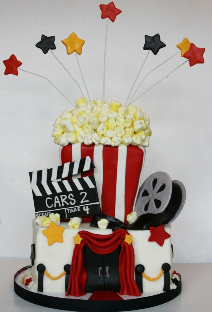 Movie Night Cake This would be perfect for the Movie birthday party!