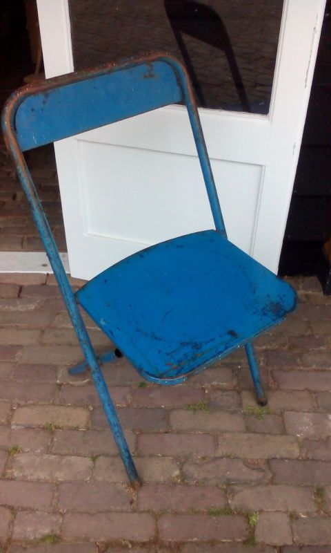 25 beste idee n over blauwe banken op pinterest blauwe zitbanken blauw fluwelen sofa en - Scandinavische blauwe ...