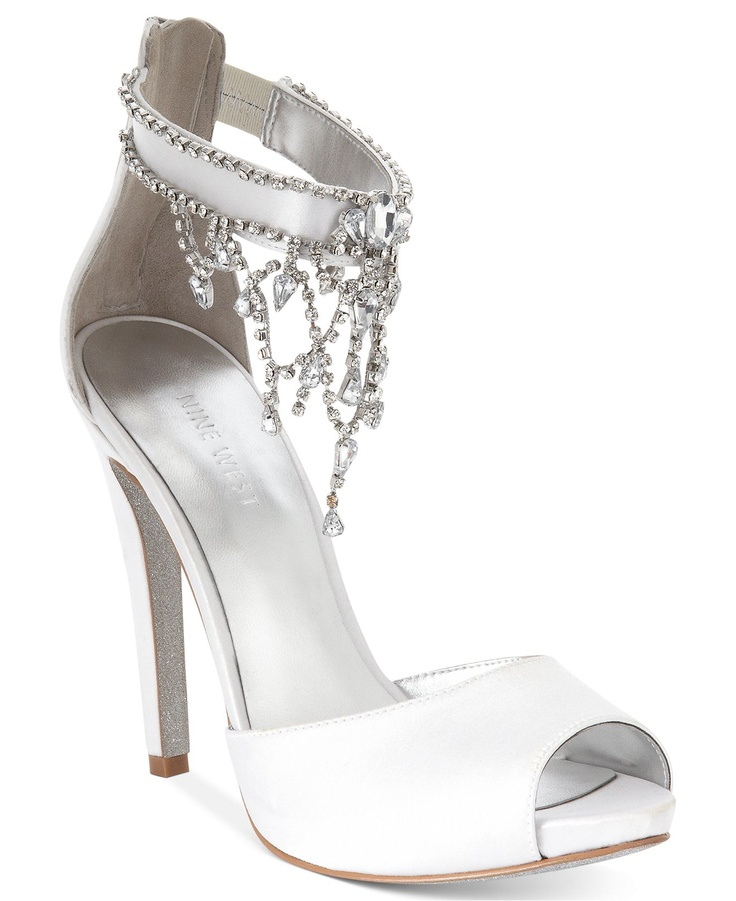 Shop Bridal Shoes and Evening Shoes at Macy's and get FREE SHIPPING with $99 purchase! Browse our great selection of wedding shoes, special occasion & wedding heels.